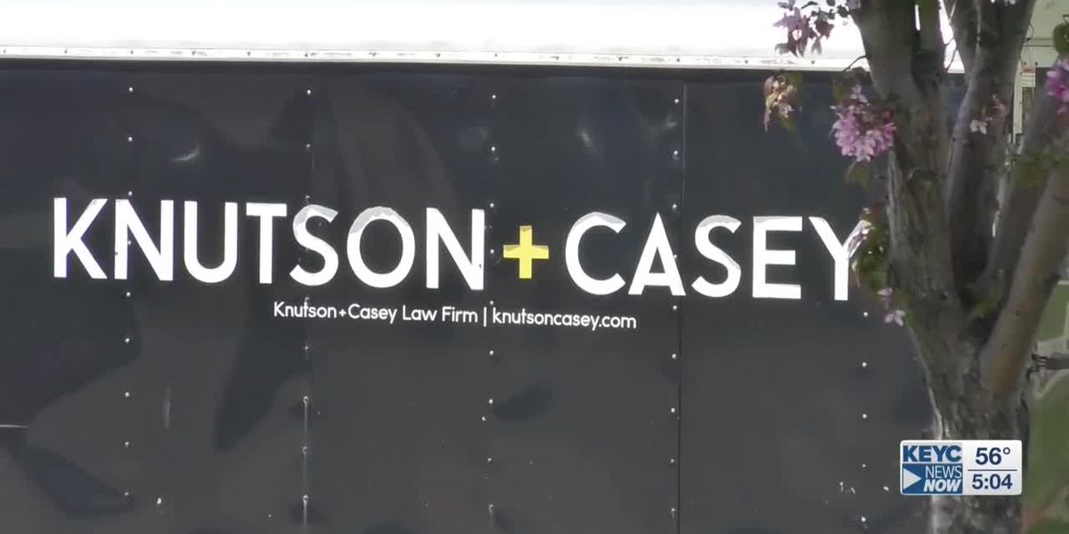 Knutson + Casey offering free basic services to Mankato first responders, front line workers