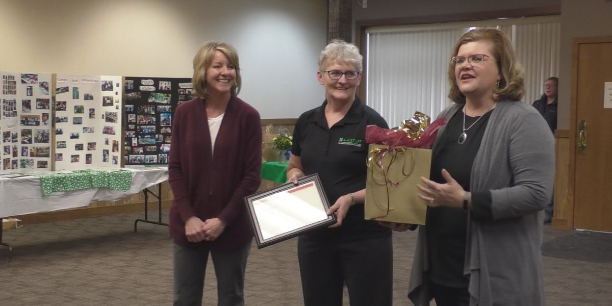 Long time 4-H leader steps down