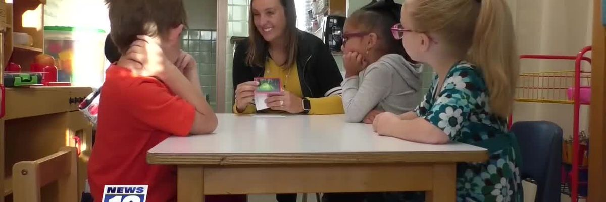 Golden Apple Award travels to Franklin Elementary School