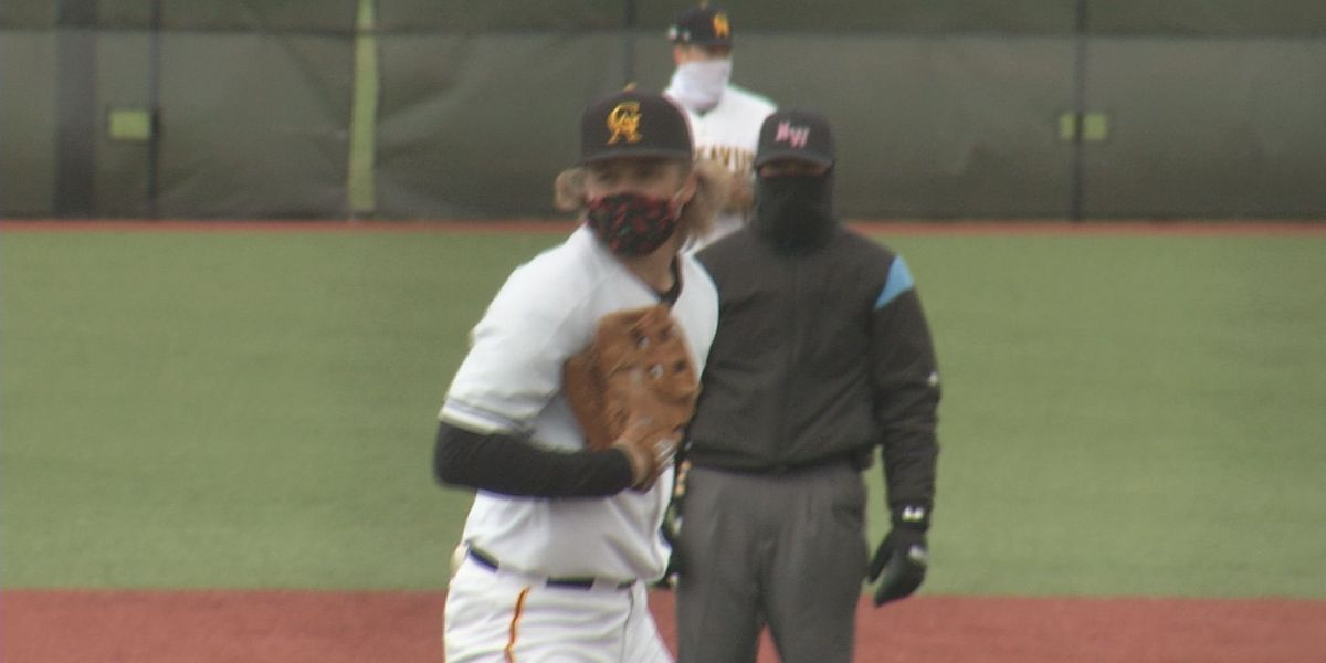 Gusties split doubleheader with St. Thomas