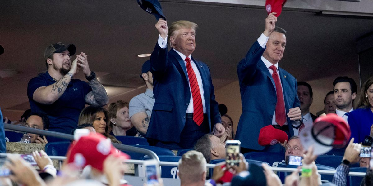 Trump draws boos when introduced to crowd at World Series